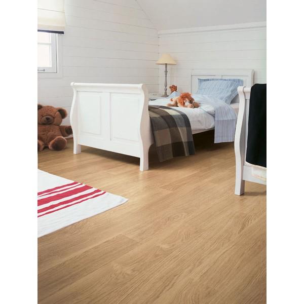 Quick step laminate flooring eligna white varnished oak for Quick step laminate flooring uk